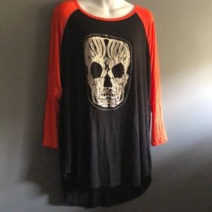 Free Kisses Skull Black & Orange Baseball Tee NWT